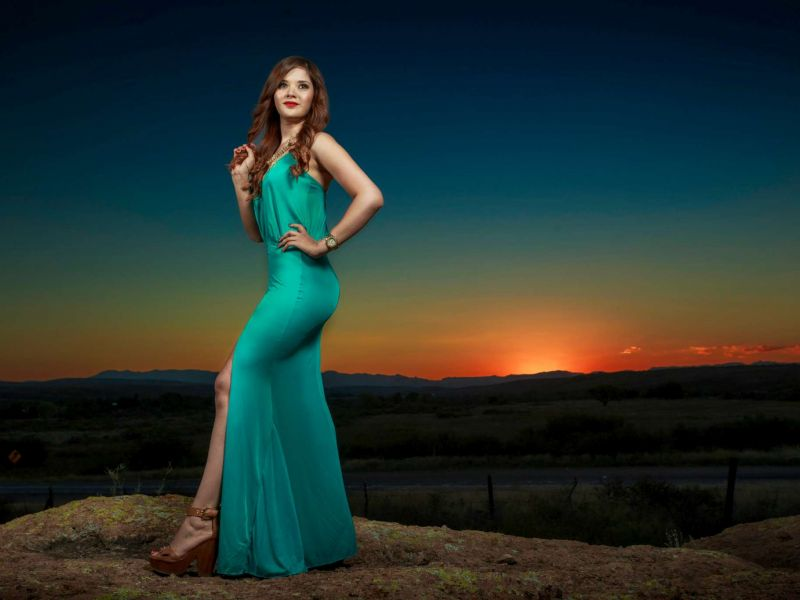 Nancy Montes, Fashion Photoshoot @ Carretera Chihuahua - Juarez