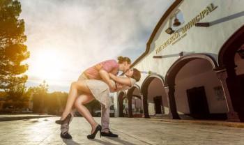 002_elizabeth_y_mariano_pareja_engagement_session_compromiso_couple_photoshoot_wedding_photographer_bodas_rosales_las_virgenes_delicias-1200.jpg
