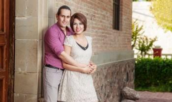 004_elizabeth_y_mariano_pareja_engagement_session_compromiso_couple_photoshoot_wedding_photographer_bodas_rosales_las_virgenes_delicias-1200.jpg