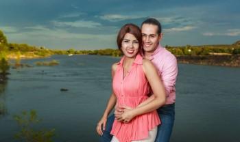 006_elizabeth_y_mariano_pareja_engagement_session_compromiso_couple_photoshoot_wedding_photographer_bodas_rosales_las_virgenes_delicias-1200.jpg