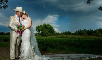 007_brenda_y_cesar_ttd_fotografía_bodas_wedding_photography_bridal_photoshot_trash_the_dress_chihuahua-1200.jpg