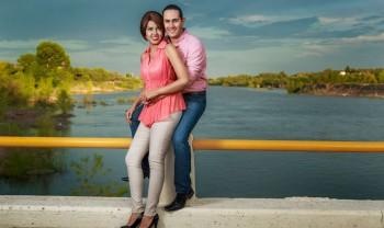 007_elizabeth_y_mariano_pareja_engagement_session_compromiso_couple_photoshoot_wedding_photographer_bodas_rosales_las_virgenes_delicias-1200.jpg