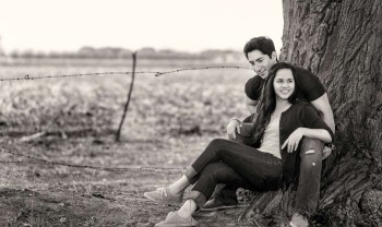 014_renata_y_gabriel_pareja_engagement_session_e-session_sesion_compromiso_couple_photoshoot_wedding_photographer_fotografia_bodas_photography_ncg_nuevo_casas_grandes-1200.jpg