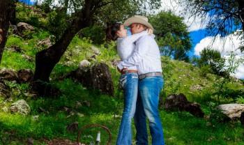 015_rosario_y_alejandro_pareja_engagement_session_compromiso_couple_photoshoot_wedding_photographer_bodas_san_francisco_de_borja-1200.jpg