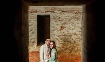 016_moma_y_paco_pareja_engagement_session_compromiso_couple_photoshoot_wedding_photographer_bodas_avalos_dark_vintich-1200.jpg