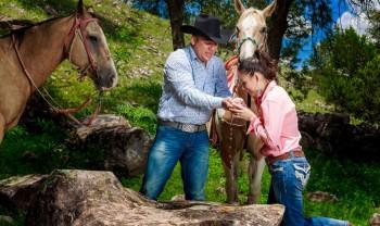 016_rosario_y_alejandro_pareja_engagement_session_compromiso_couple_photoshoot_wedding_photographer_bodas_san_francisco_de_borja-1200.jpg