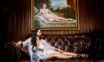018_blanca_gonzalez_boudoir_photoshoot_woman_photography_glamour_session_sesion_fotografia_hotel_sicomoro_la_casona_chihuahua-1200.jpg
