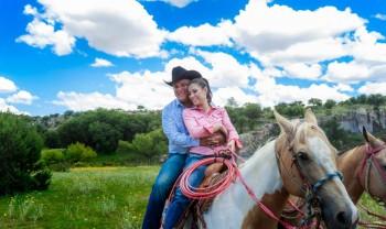 018_rosario_y_alejandro_pareja_engagement_session_compromiso_couple_photoshoot_wedding_photographer_bodas_san_francisco_de_borja-1200.jpg