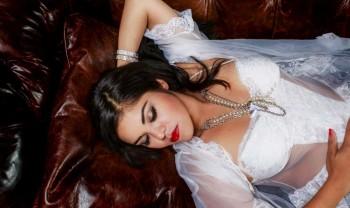 019_blanca_gonzalez_boudoir_photoshoot_woman_photography_glamour_session_sesion_fotografia_hotel_sicomoro_la_casona_chihuahua-1200.jpg