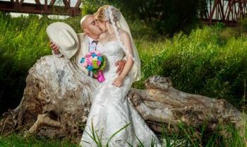 019_brenda_y_cesar_ttd_fotografía_bodas_wedding_photography_bridal_photoshot_trash_the_dress_chihuahua-1200.jpg