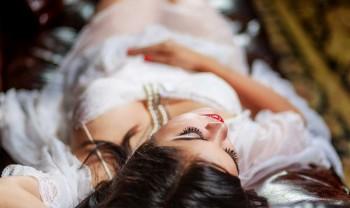 020_blanca_gonzalez_boudoir_photoshoot_woman_photography_glamour_session_sesion_fotografia_hotel_sicomoro_la_casona_chihuahua-1200.jpg