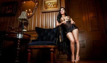 024_blanca_gonzalez_boudoir_photoshoot_woman_photography_glamour_session_sesion_fotografia_hotel_sicomoro_la_casona_chihuahua-1200.jpg