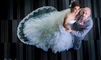 025_perla_y_christoph_wed_fotografía_bodas_wedding_photography_bridal_photoshot_trash_the_dress_ttd_hotel_encore_distrito_uno_chihuahua_photographer_alex_mendoza-1200.jpg
