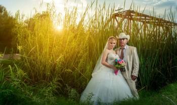 026_brenda_y_cesar_ttd_fotografía_bodas_wedding_photography_bridal_photoshot_trash_the_dress_chihuahua-1200.jpg