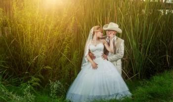 027_brenda_y_cesar_ttd_fotografía_bodas_wedding_photography_bridal_photoshot_trash_the_dress_chihuahua-1200.jpg