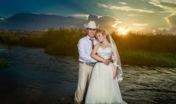 030_brenda_y_cesar_ttd_fotografía_bodas_wedding_photography_bridal_photoshot_trash_the_dress_chihuahua-1200.jpg