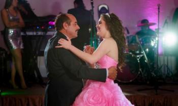 038_marisol_duarte_xv_anos_sweet_fifteen_sixteen_wedding_photography_candilejas_chihuahua-1200.jpg