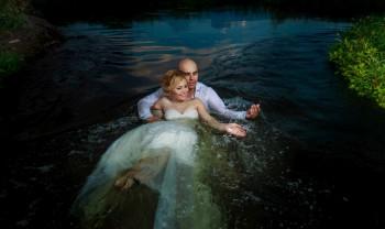 040_brenda_y_cesar_ttd_fotografía_bodas_wedding_photography_bridal_photoshot_trash_the_dress_chihuahua-1200.jpg