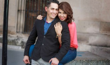 08_elizabeth_y_mariano_pareja_engagement_session_compromiso_couple_photoshoot_wedding_photographer_bodas_chihuahua_centro_historico_distrito_uno-1200.jpg