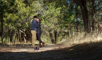 09_elizabeth_y_mariano_pareja_engagement_session_compromiso_couple_photoshoot_wedding_photographer_bodas_chihuahua_centro_historico_distrito_uno-1200.jpg