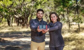 10_elizabeth_y_mariano_pareja_engagement_session_compromiso_couple_photoshoot_wedding_photographer_bodas_chihuahua_centro_historico_distrito_uno-1200.jpg