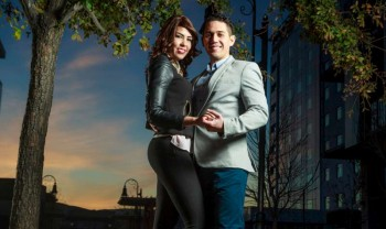10_elizabeth_y_mariano_pareja_engagement_session_compromiso_couple_photoshoot_wedding_photographer_bodas_chihuahua_centro_historico_distrito_uno-1200.jpg