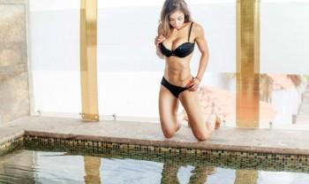 12_lorena_bucio_boudoir_photoshoot_woman_photography_glamour_session_sesion_fotografia_chihuahua_motel_hacienda_san_pedro-1200.jpg
