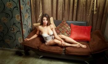 13_lorena_bucio_boudoir_photoshoot_woman_photography_glamour_session_sesion_fotografia_chihuahua_motel_hacienda_san_pedro-1200.jpg