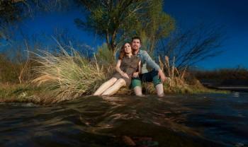16_roxana_y_mario_pareja_engagement_session_compromiso_couple_photoshoot_wedding_photographer_bodas_chihuahua_camargo-1200.jpg
