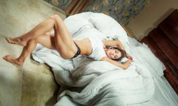 18_lorena_bucio_boudoir_photoshoot_woman_photography_glamour_session_sesion_fotografia_chihuahua_motel_hacienda_san_pedro-1200.jpg
