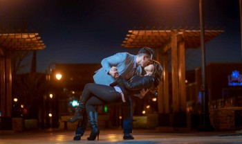 23_elizabeth_y_mariano_pareja_engagement_session_compromiso_couple_photoshoot_wedding_photographer_bodas_chihuahua_centro_historico_distrito_uno-1200.jpg